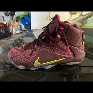 Nike Lebron 12 size 10.5